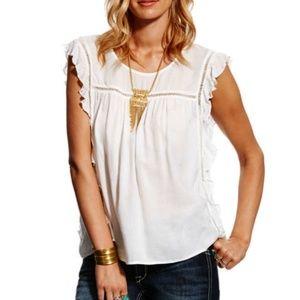 🤠Ariat🤠 BEAUTIFUL rayon dobby ruffle blouse